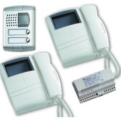 KM8100PLCW/2 Colour video intercom kit Compact - Profilo, two-way