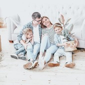 First family 👨👩👦👦👨👩👧👧 . . . . #famillytime #familyfirst #famillybusiness #family #westwingpl #westwing #smarthometechnology #smarthomesystem #smartphone #smartcamera #smart #security #housedesign #housedecor #house #instagood #interior_and_living #interiorinspiration #stayhome #staystrong #staypositive #instagood #instamood #l4l #followme